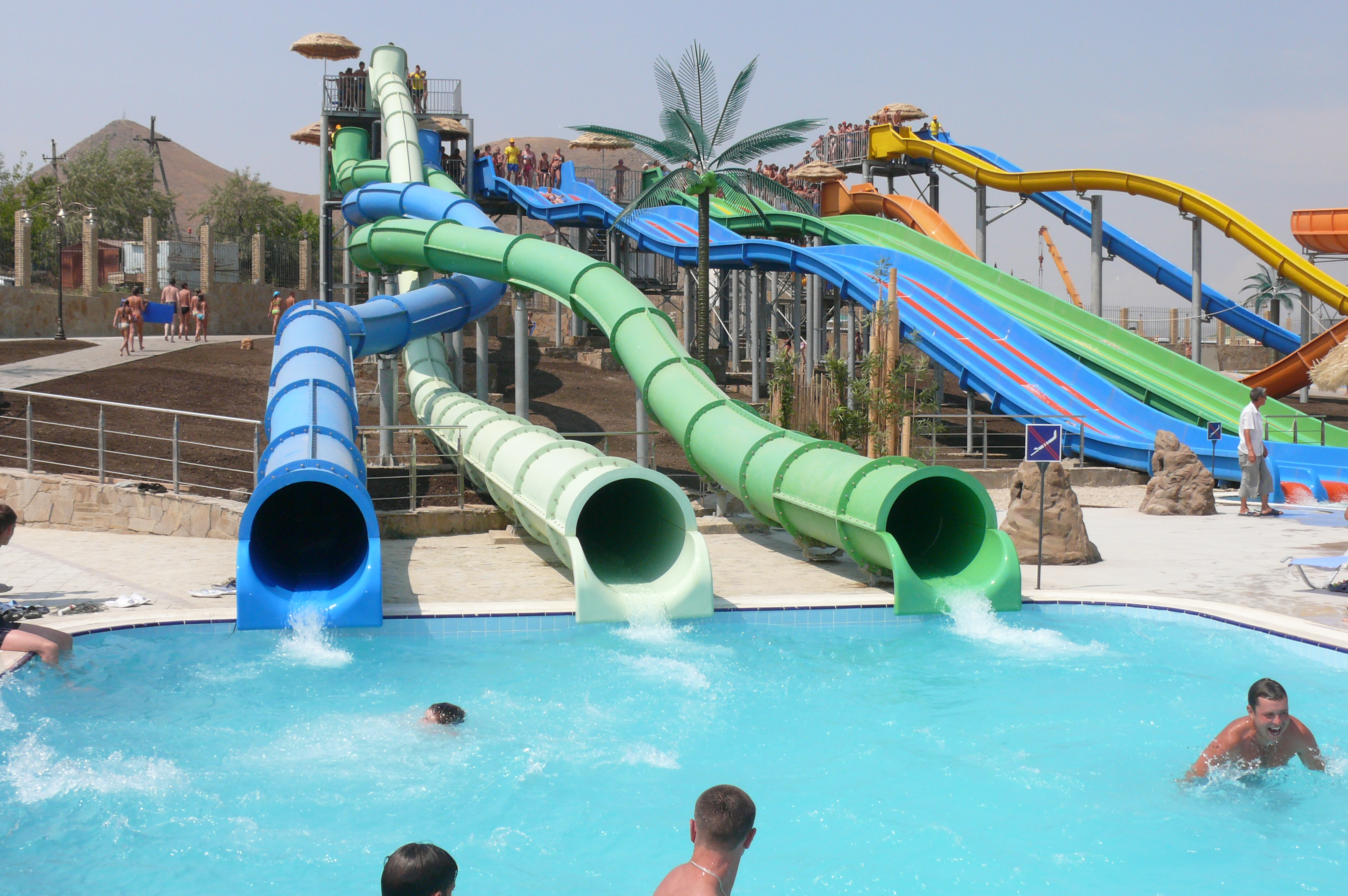 https://aquapark-koktebel.ru/wp-content/uploads/2020/03/Tvister.jpg